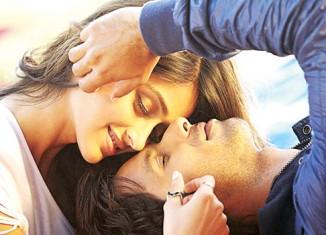 Ileana D Cruz and Shahid Kapoor in 'Phata Poster Nikla Hero'