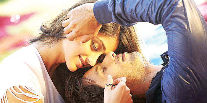 Ileana D Cruz and Shahid Kapoor in 'Phata Poster Nikla Hero'