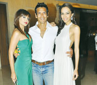 With Mrinalini Sharma  and Milind Soman