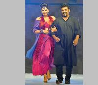 Ragini Diwedi & Raghu Dixit