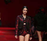 Dolce-and-Gabbana--marsala
