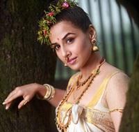 URUMI santosh sivan film, stills-paulbathery (25)
