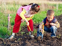 kids in the gardening