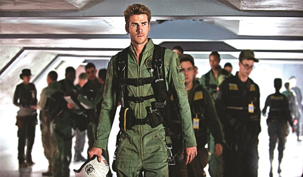 Interview With :    Liam Hemsworth, HOLLYWOOD star on Independence Day