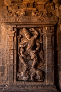 sculpture-of-hanuman-at-virupaksha-temple_pattadakal_badami